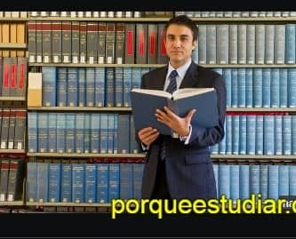 Cuánto Gana un Licenciado en Filosofía