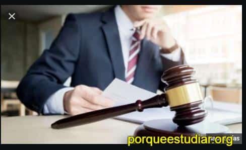 Beneficios Porque estudiar la Carrera de Derecho