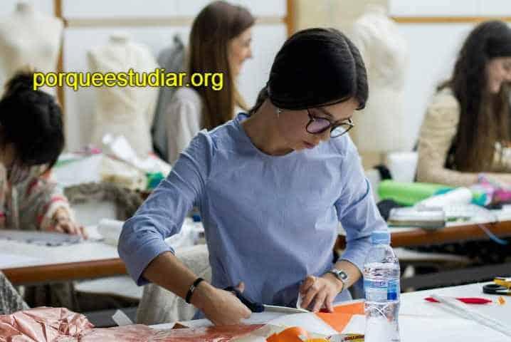 Donde estudiar diseño de modas en España