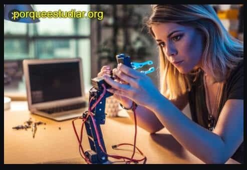 Universidades donde estudiar robótica en ecuador