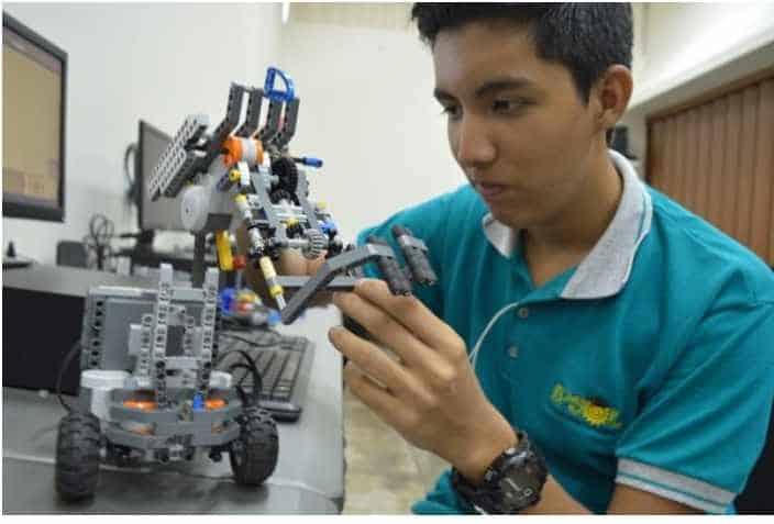 donde estudiar robótica en España