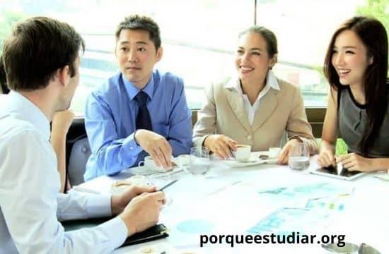 estudiar Administración Hotelera