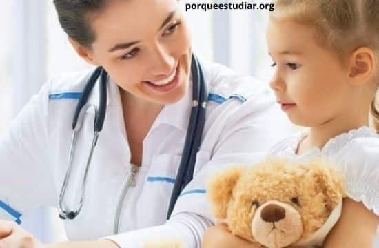 mejores universidades para estudiar pediatría en Colombia